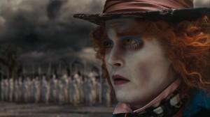 Alice-In-Wonderland-Screencaps-mad-hatter-johnny-depp-14576633-853-480