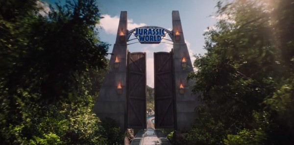 jurassic-world-trailer-image-1-600x297
